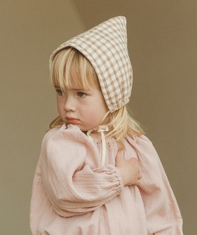Quilted Bonnet - Check